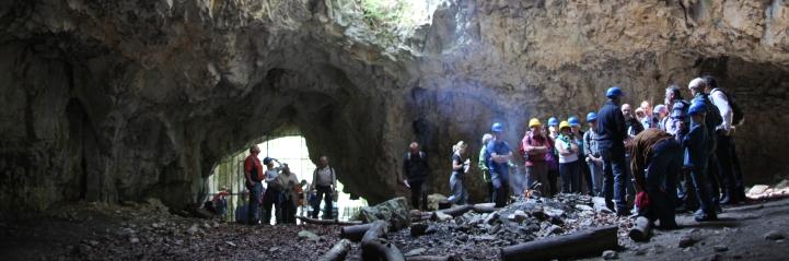 höhlenbesuch